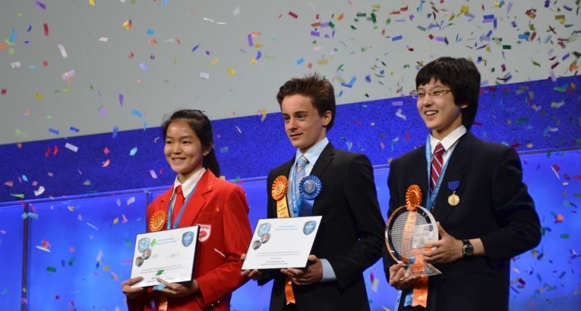 Sukces polskich licealistów w międzynarodowym konkursie naukowym Intela