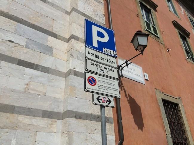 inteligentny parkingu w Pizie 14
