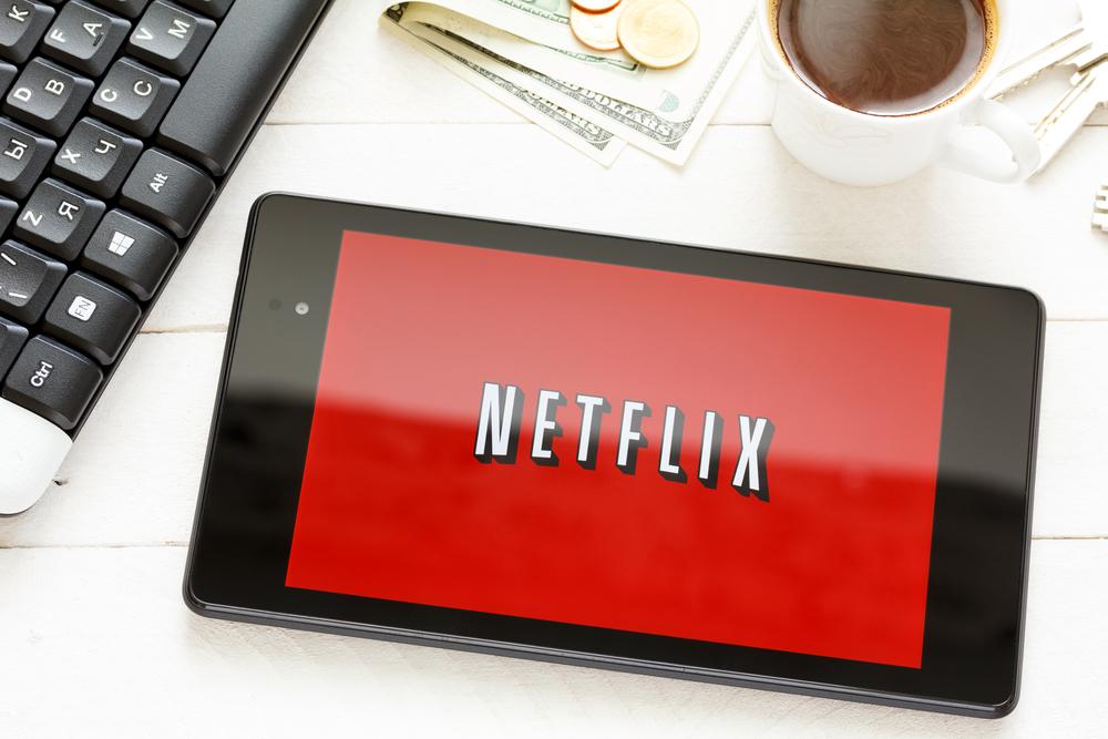 Przyczajony Netflix, ukryta kinowa rewolucja. Gigant streamingu bierze się za filmy