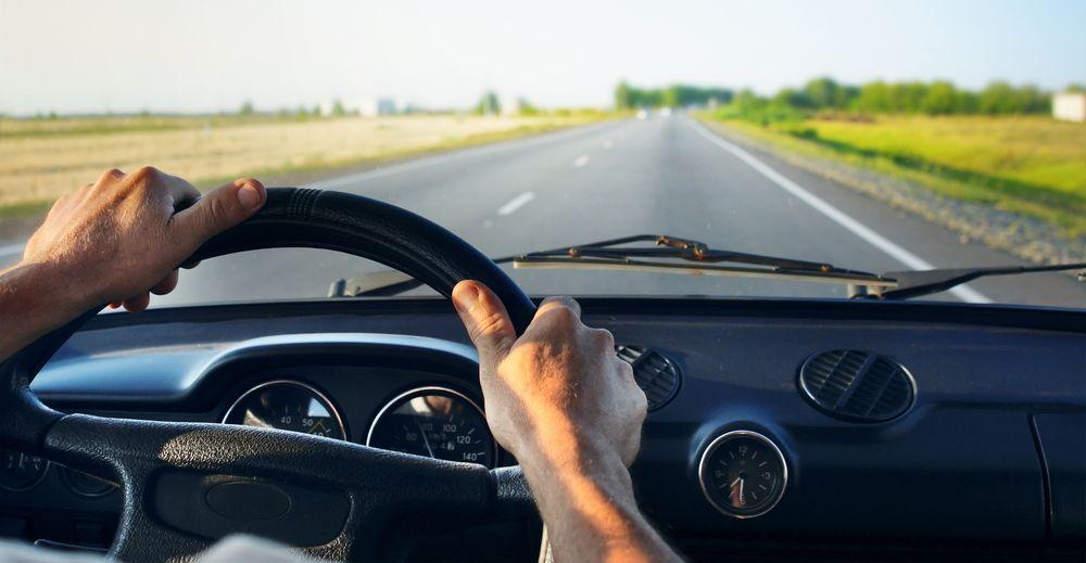 Samochód autonomiczny – technologia na to pozwala, ale prawo nie. Polska nie chce nic zmieniać i… czeka