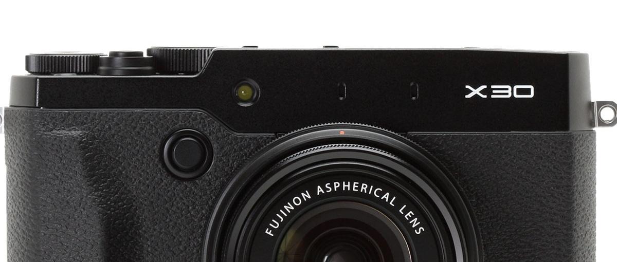 Fujifilm X30 – z dużej chmury mały deszcz