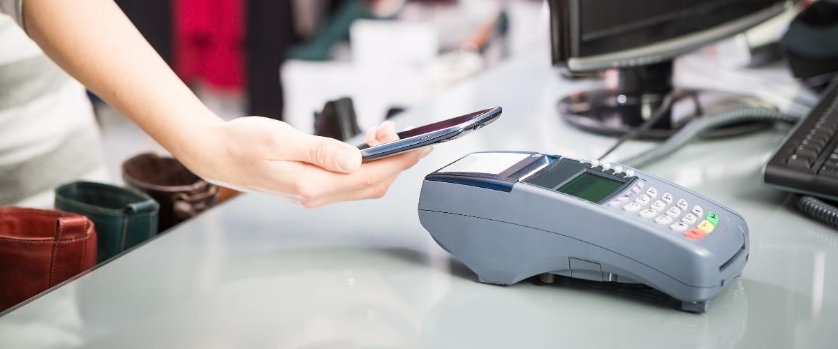 Rynek płatności mobilnych – tutaj fragmentacja jest prawdziwym problemem