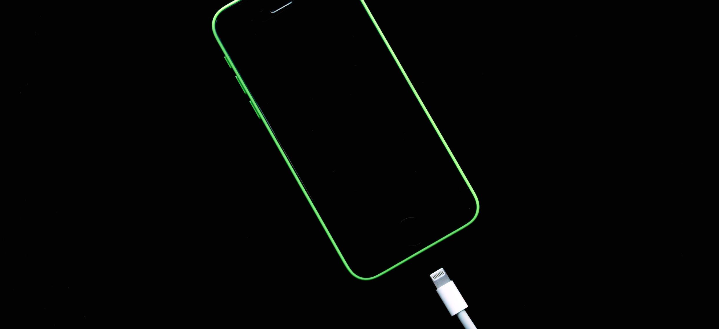 Картинки айфон обои на зарядке
