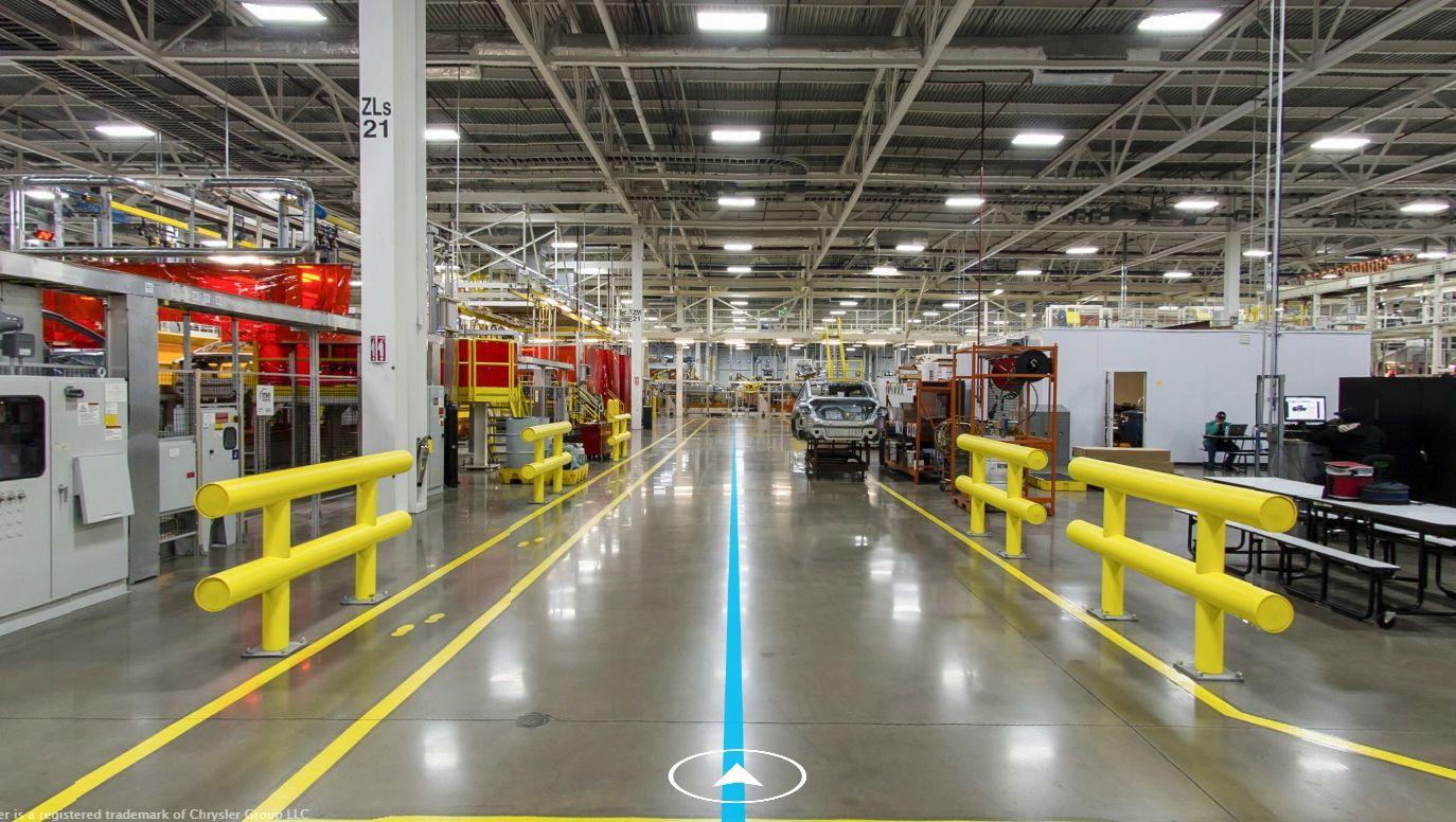 Daj się porwać Chryslerowi w niesamowitą, wirtualną podróż po fabryce samochodów