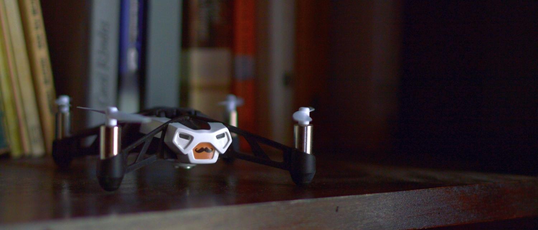 Parrot Rolling Spider – mały dron, ale zdecydowanie wariat – recenzja Spider's Web