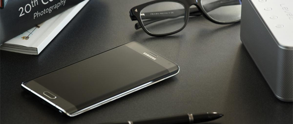 Samsung w najnowszej reklamie: iPhone 6 Plus imituje Galaxy Note'a