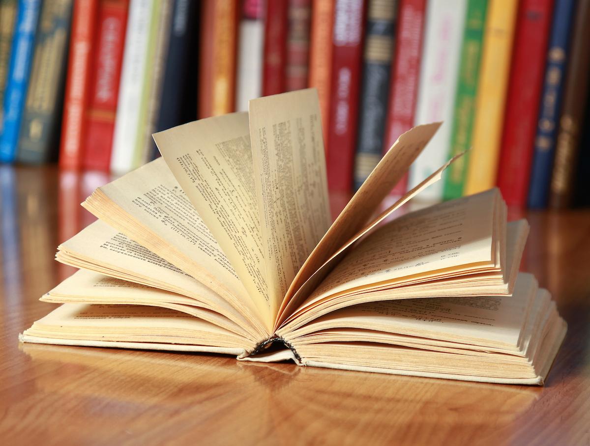 Zastanawiasz się, co nowego przeczytać? Zapytaj bibliotekarza. Uzbrojonego w algorytmy