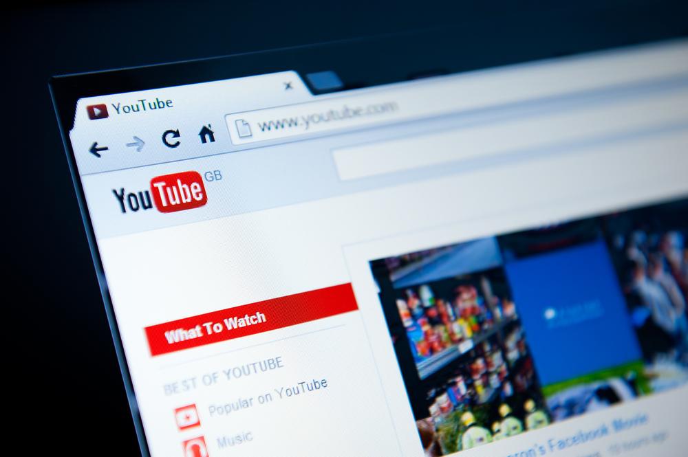 Piękny ten nowy YouTube. Zobacz jak łatwo włączyć odświeżony odtwarzacz