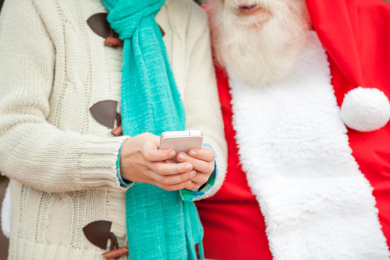 Te sklepy są już gotowe na świąteczne zakupy – przegląd najciekawszych ofert ze smartfonami