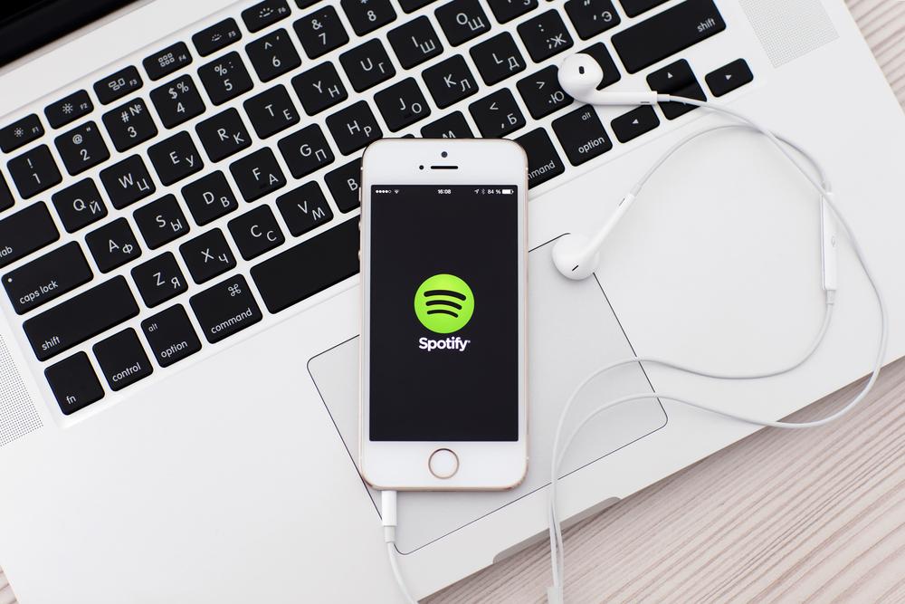 Spotify prze do przodu niczym taran. Szwedzi nie muszą obawiać się nawet Apple'a