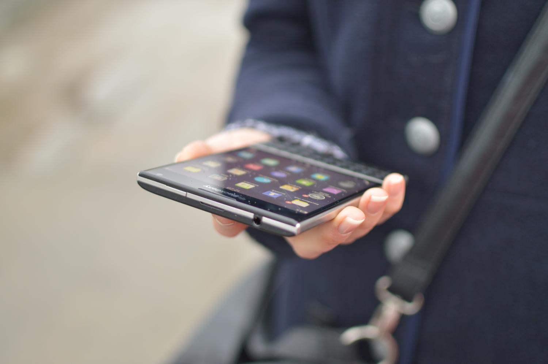 Dramatyczna sprzedaż smartfonów BlackBerry, czyli wszystko zmierza we właściwym kierunku