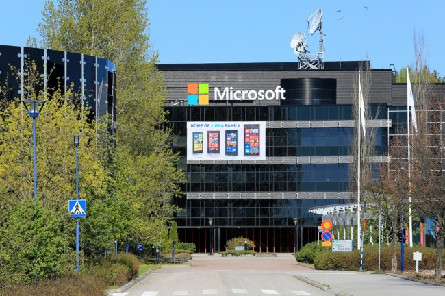 microsoft-nokia-lumia-windows-phone-12