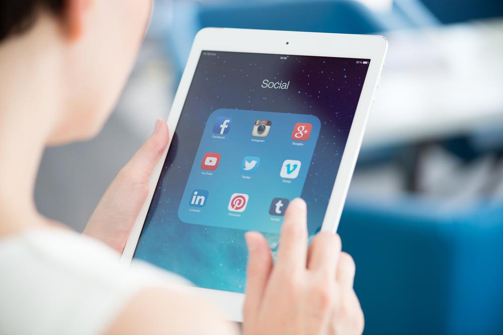 Polacy o markach tech: Jak wychwalać, to Samsunga. A gdzie Apple?
