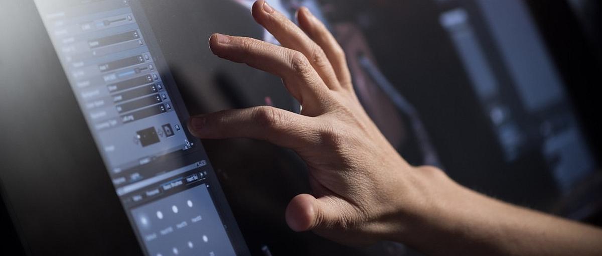 Czekasz na iPada Pro z 13-calowym ekranem? Sprawdź nowe tablety Wacoma o przekątnej 27 cali