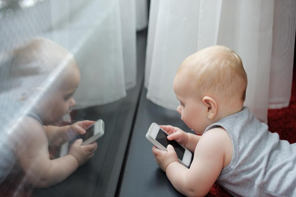 Daj dziecku smartfon zamiast lizaka