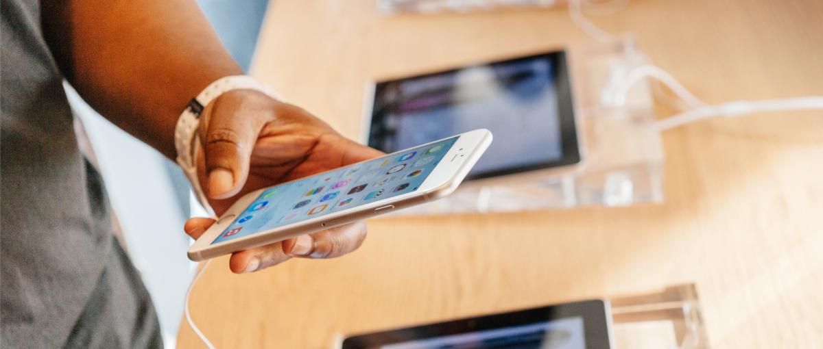 Z cenami u Apple'a stało sięcoś niedobrego – spore podwyżki polskich cen MacBooków i… iPhone'ów