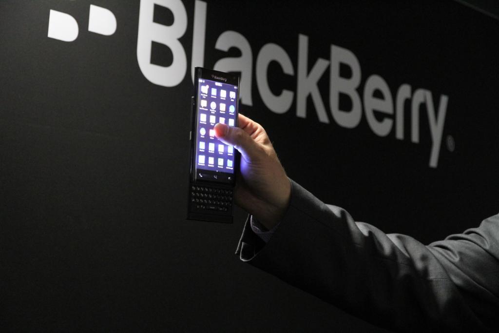 BlackBerry w końcu robi to, czego chcieli klienci. Oto dwa nowe smartfony, które powinny zadebiutować już dawno temu