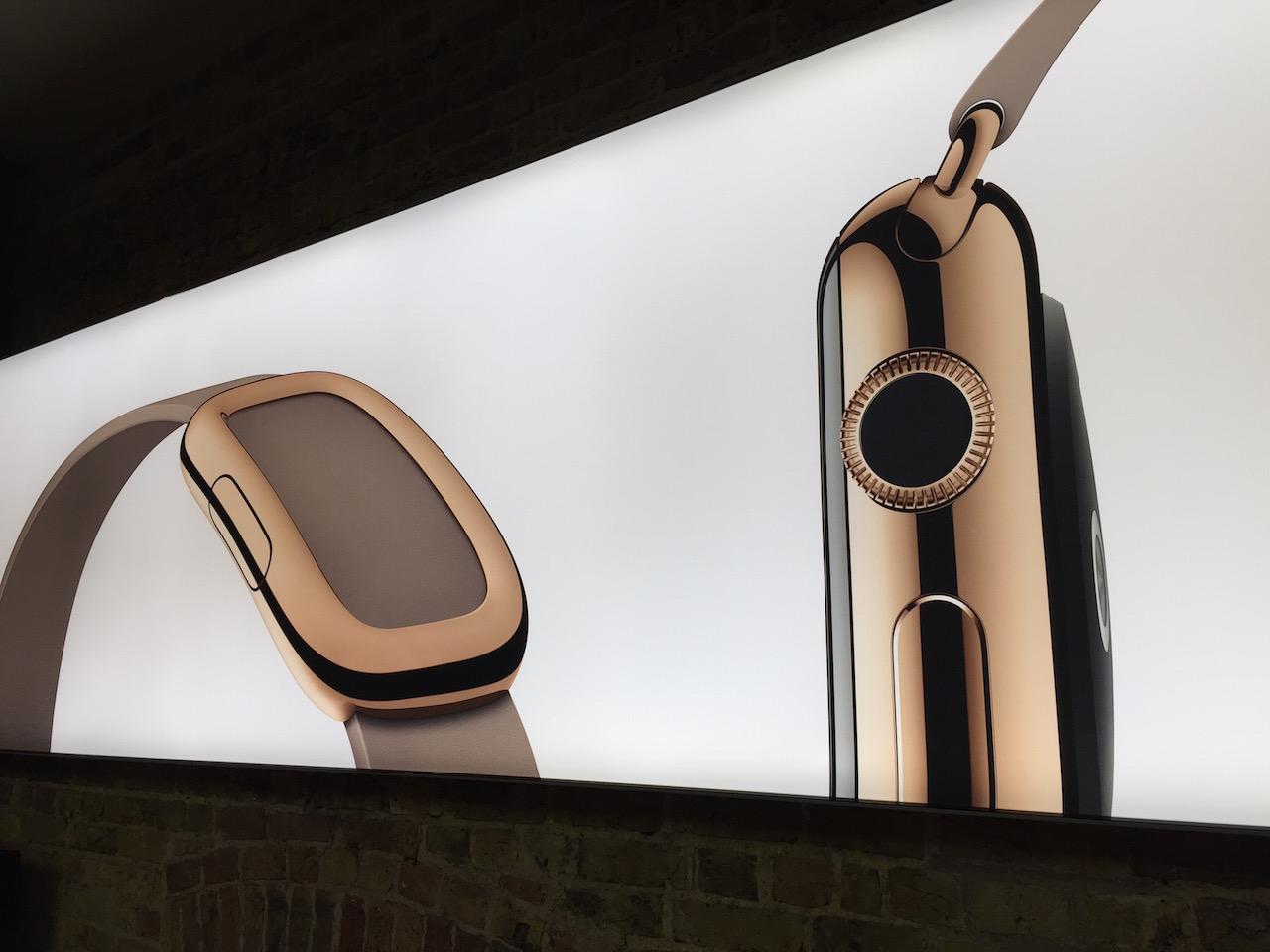 Wielkie przymierzanie zegarków Apple Watch – galeria Spider's Web