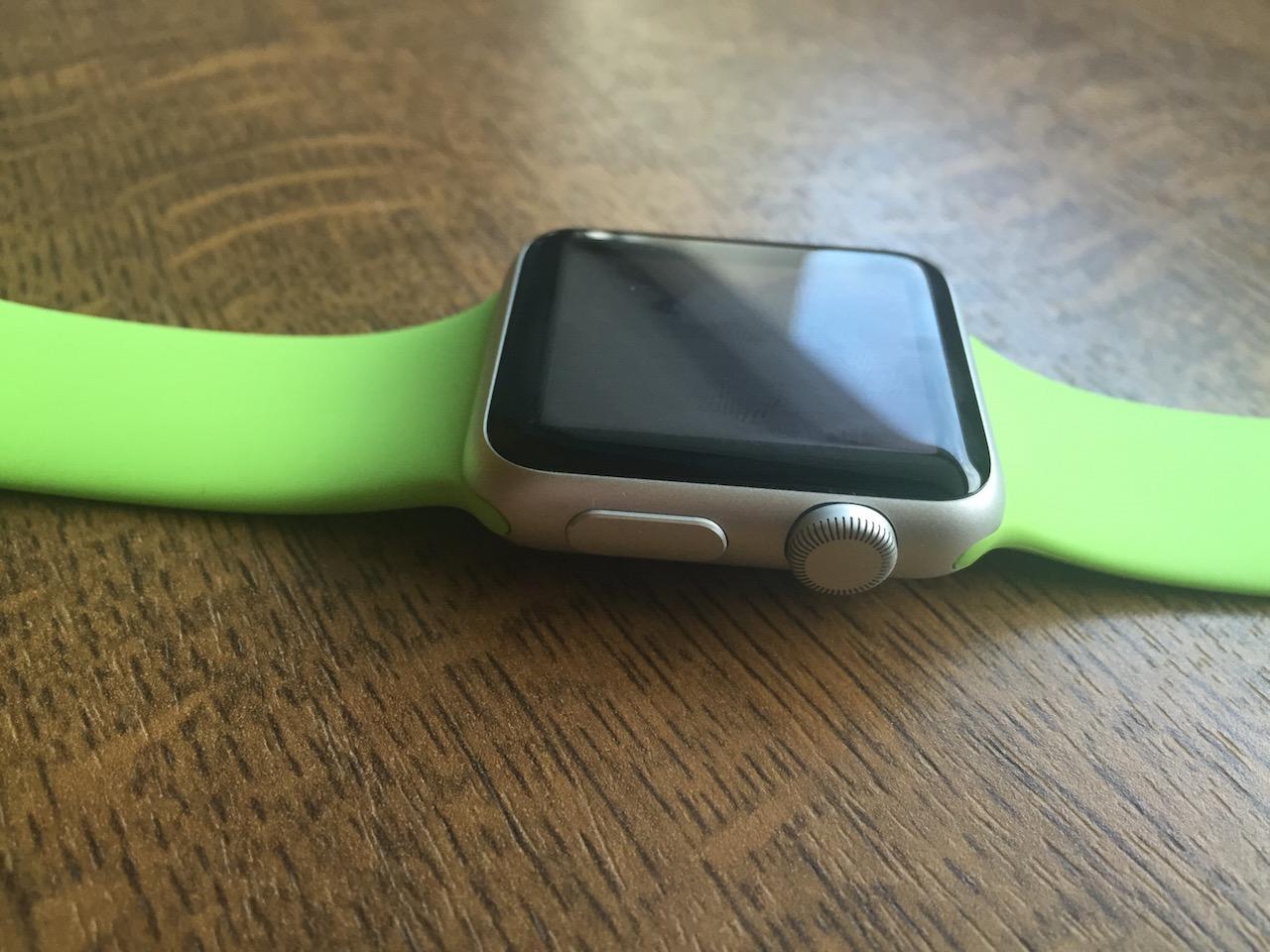W Apple Watchu brakuje jednej rzeczy, którą miały wszystkie poprzednie produkty Apple'a
