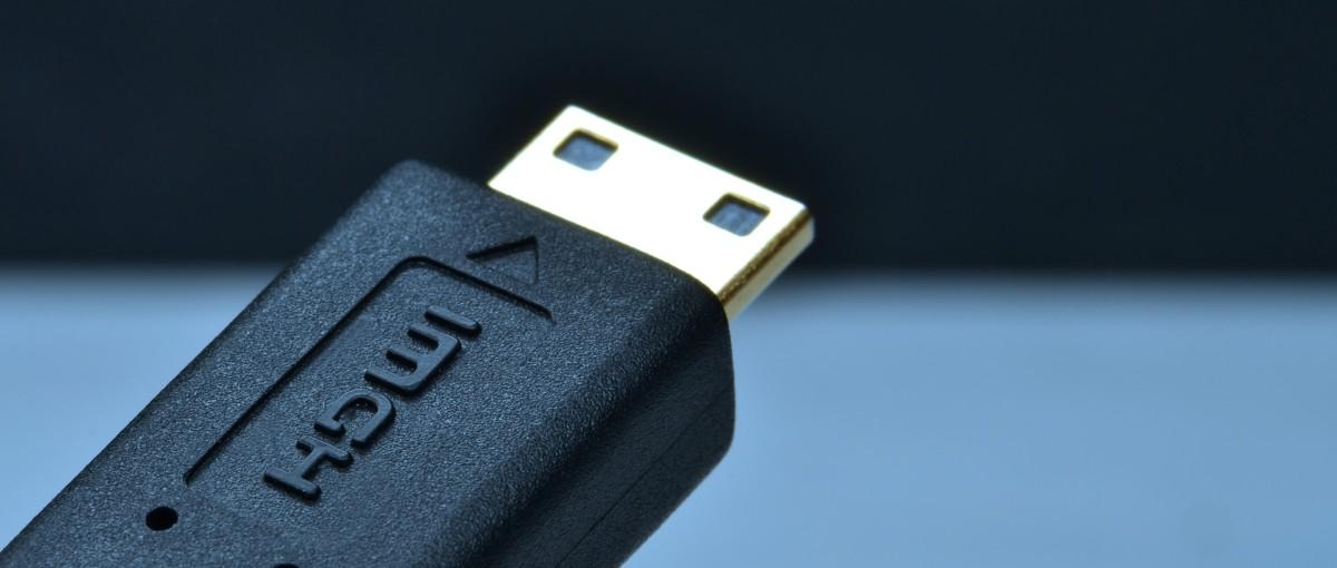 Twoje kable HDMI właśnie stały się przestarzałe. Debiutuje nowy standard HDMI 2.0a
