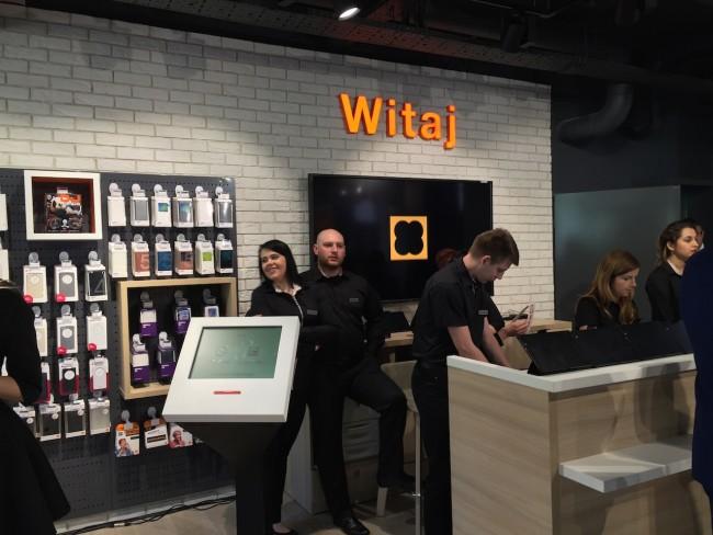 orange-smart-brand-store-7