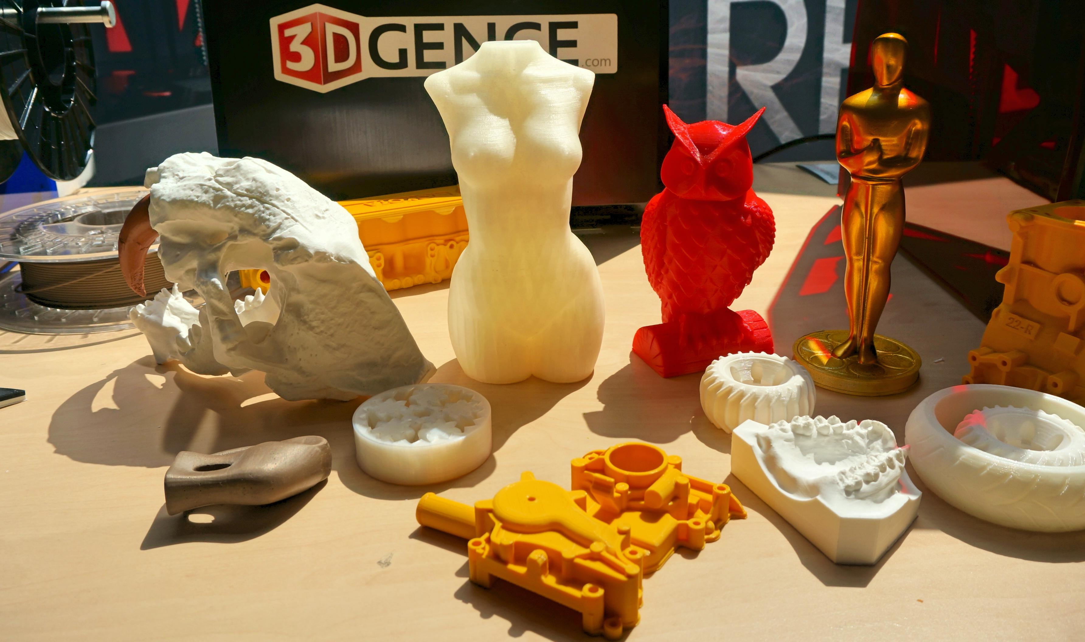 Kto drukuje na drukarkach 3D i po co? – rozmawiamy z polskim 3D Gence