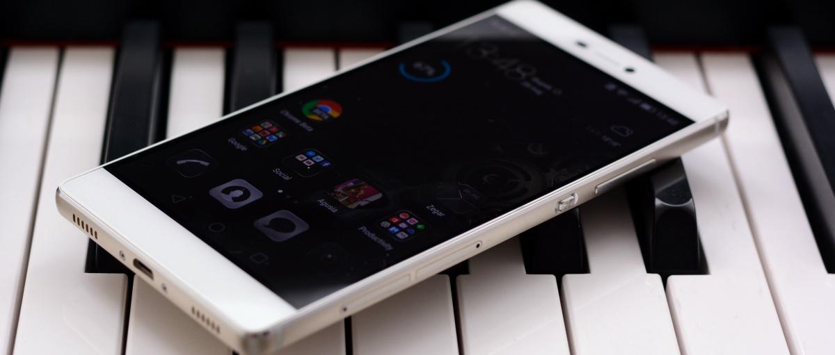 Smartfon prawie idealny. Huawei P8 – recenzja Spider's Web