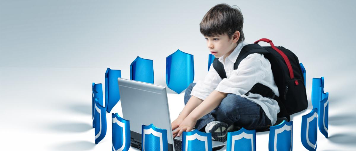"""Fundacja Orange zadba o bezpieczeństwo dzieci w Internecie. Rusza akcja """"Bezpiecznie Tu i Tam"""""""