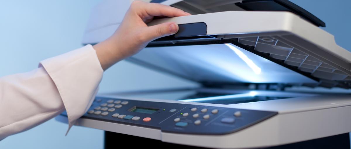 Zobacz jaką drogę pokonuje skanowany dokument, nim dotrze na ekran twojego smartfona