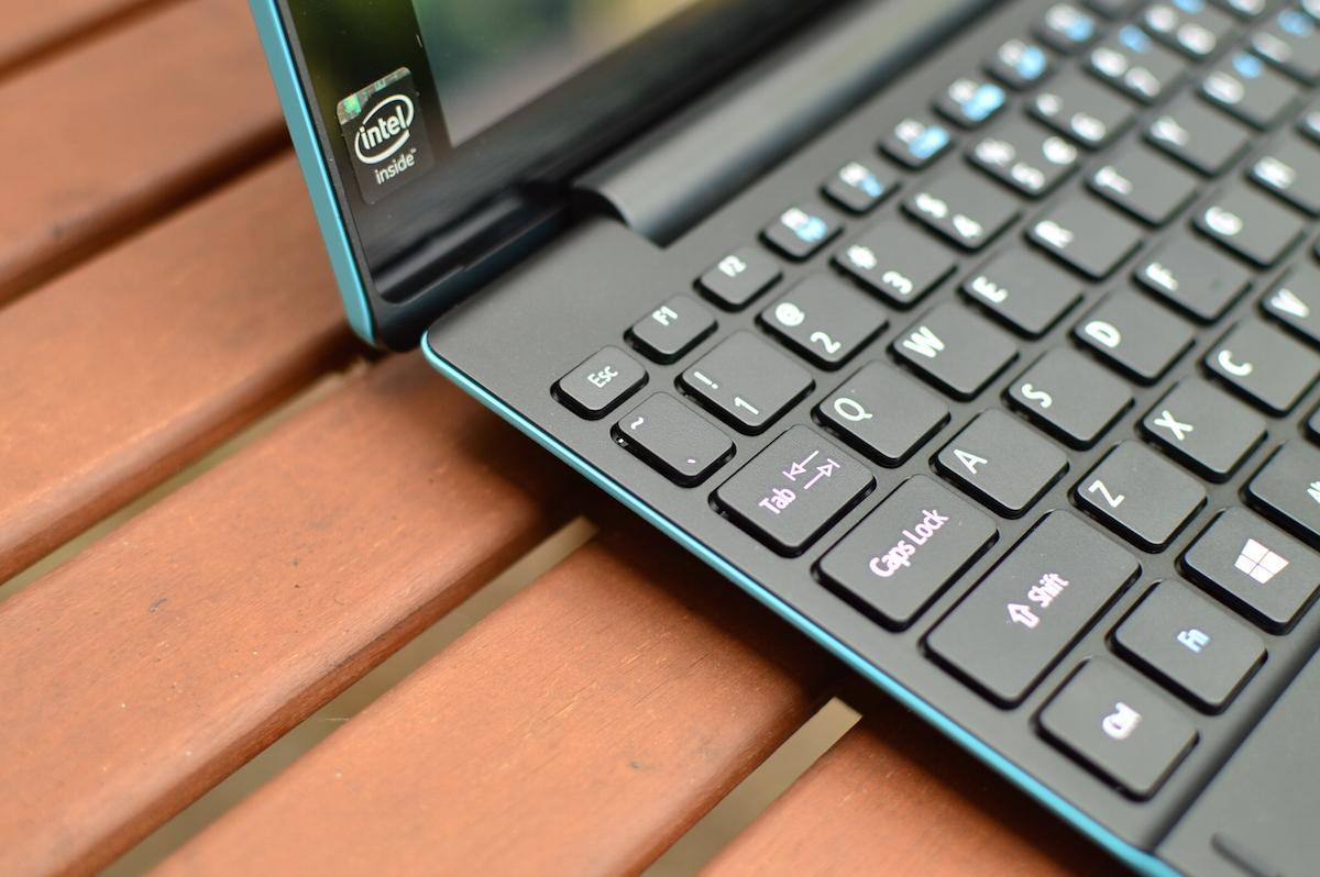 Świetny maluch polubił kolory. Acer Aspire Switch 10E – recenzja Spider's Web