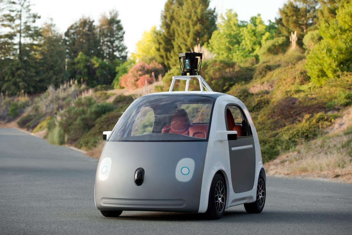 Samochód Google przyklei pieszych do maski. Dosłownie