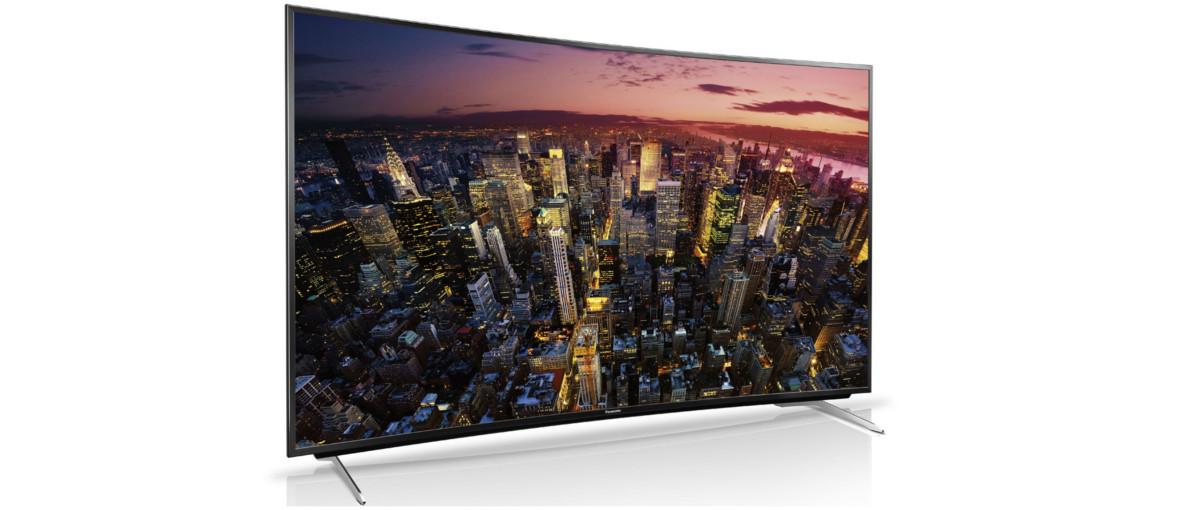 """Panasonic też chce być """"krzywy!"""". Telewizor Viera CR730E – recenzja Spider's Web"""