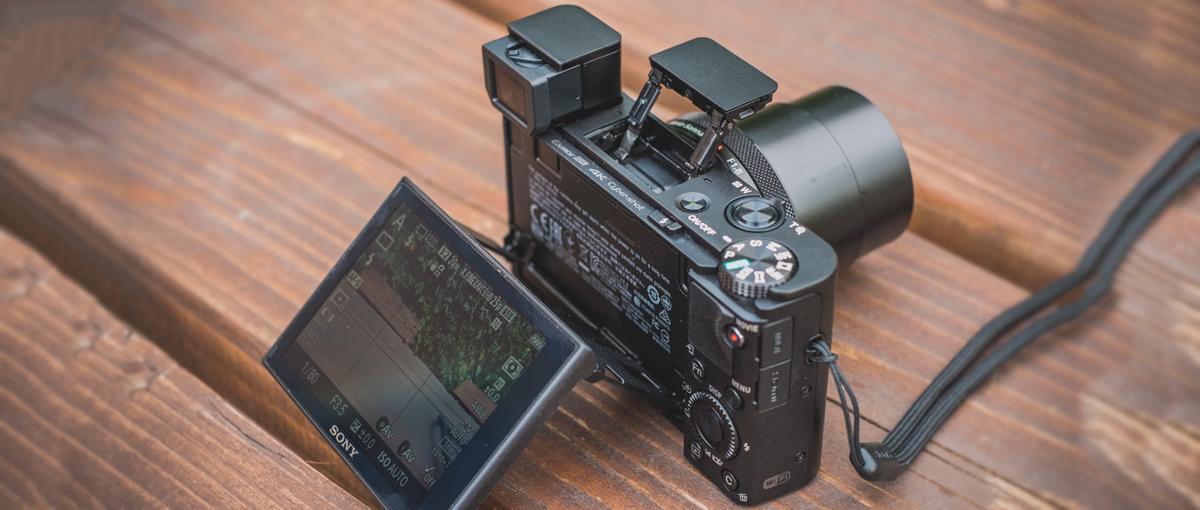 Japoński aparat niczym szwajcarski scyzoryk. Sony RX100 IV – recenzja Spider's Web