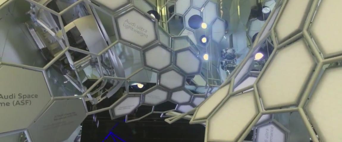 Wejście na halę Audi na targach Motor Show Frankfurt 2015 to technologicznych majstersztyk