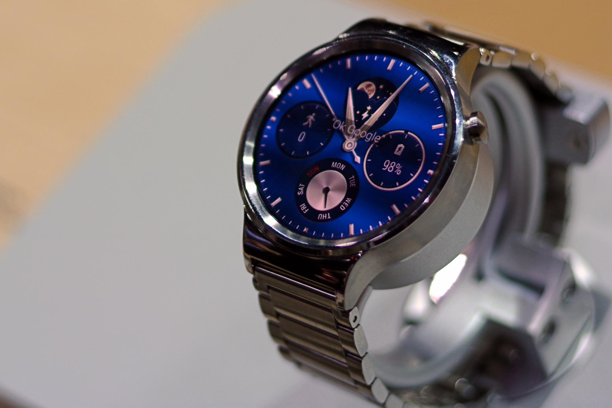 Oto smartwatch dla entuzjastów zegarków! Huawei Watch – pierwsze wrażenia Spider's Web
