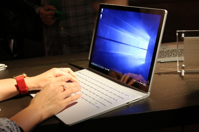 Surface Book, 8