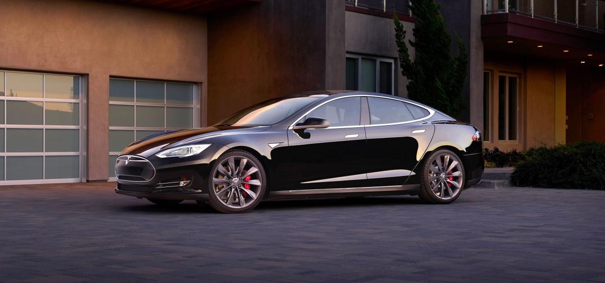 Elektrycznych samochodów już nie da się zatrzymać – Tesla z nowym rekordem