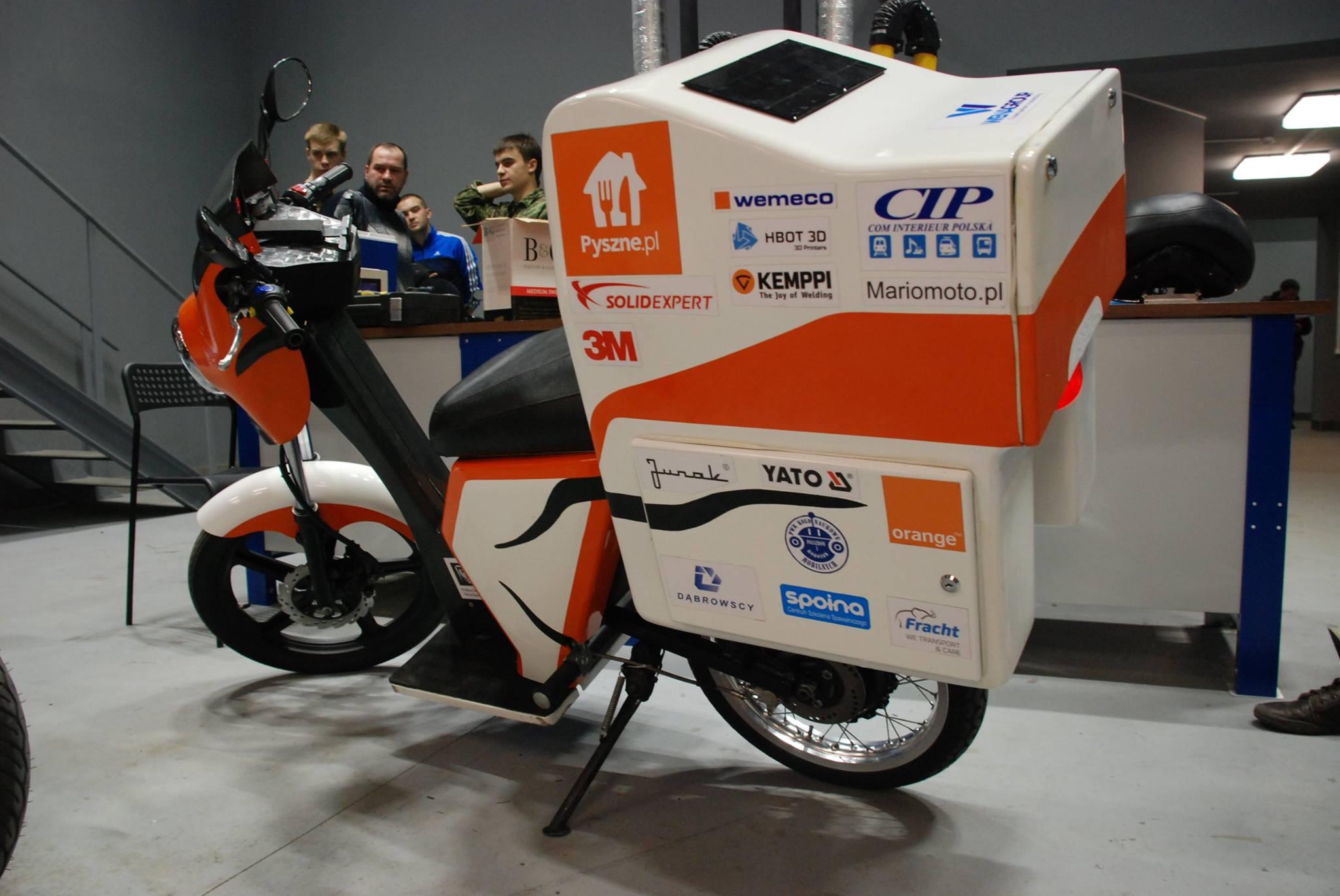 Młodzi Polacy zrobili już dwa elektryczne motocykle, które wygrały międzynarodowe konkursy. Teraz robią trzeci. Dla policji