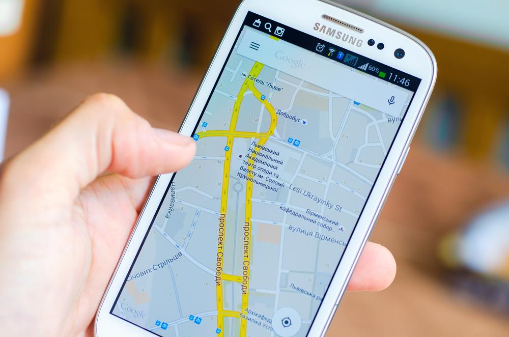 Mapy Google właśnie stały się prawdziwą nawigacją samochodową offline
