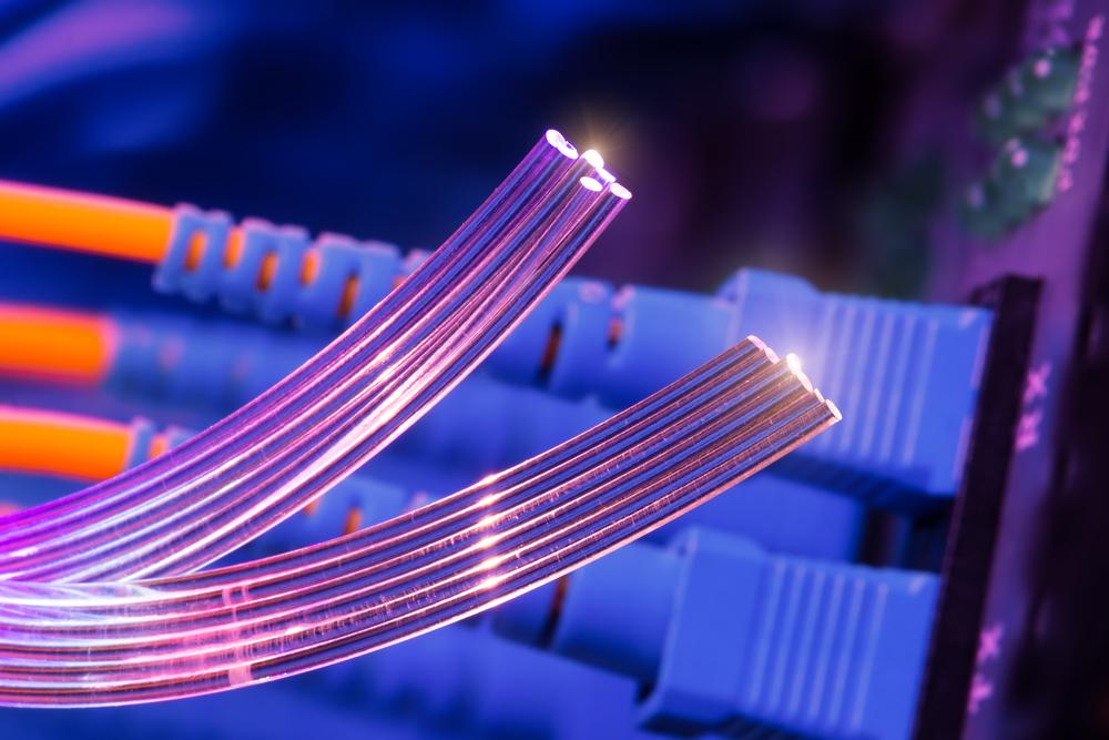 Internet LTE czy światłowód – co wybrać?