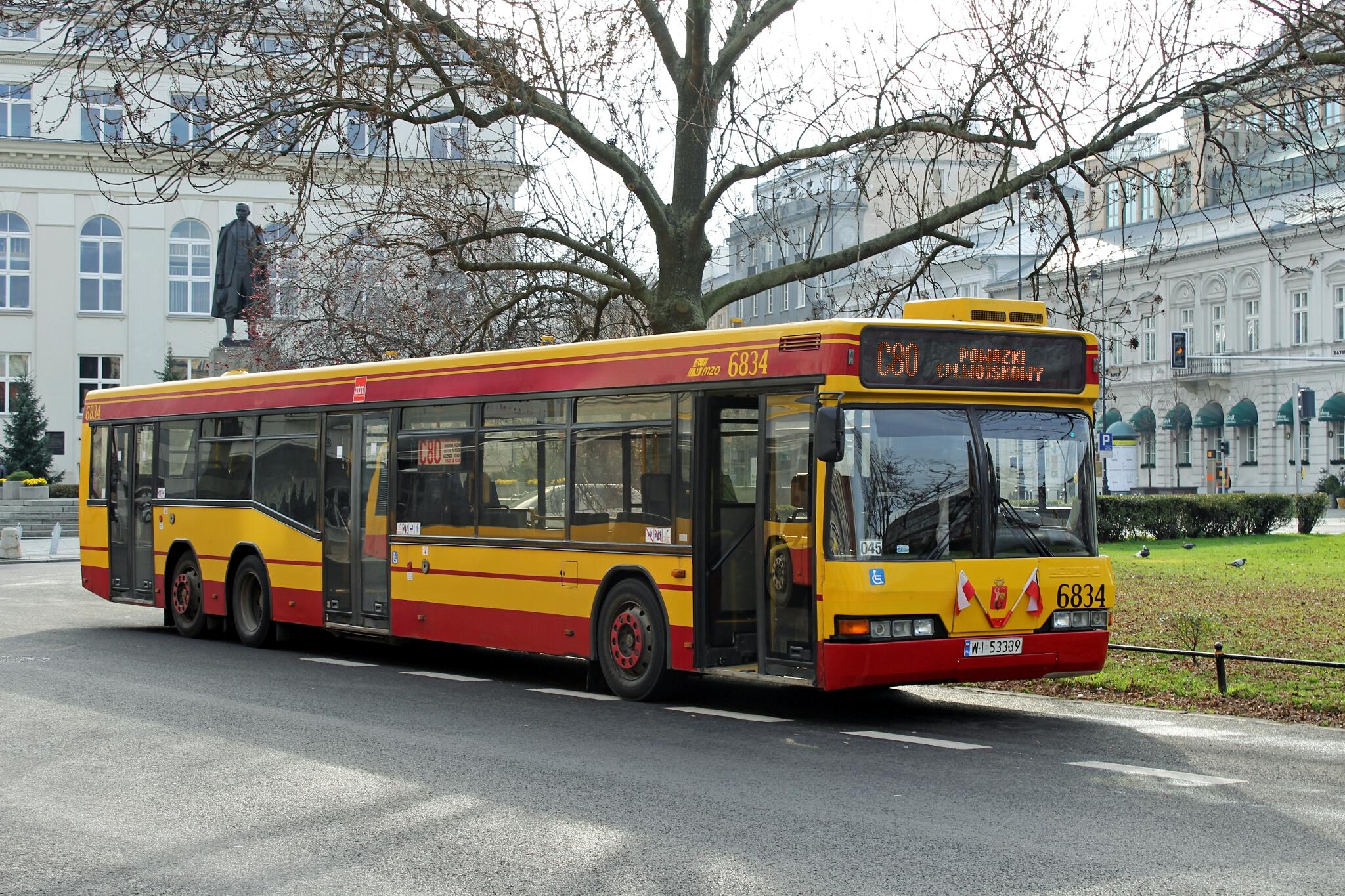 Darmowy Internet w ponad 1000 warszawskich autobusach – już od lutego