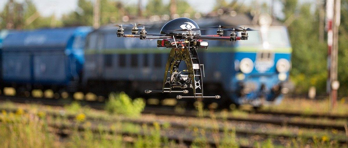 Drony kontra złodzieje – PKP Cargo pokazuje niesamowite efekty takiej walki