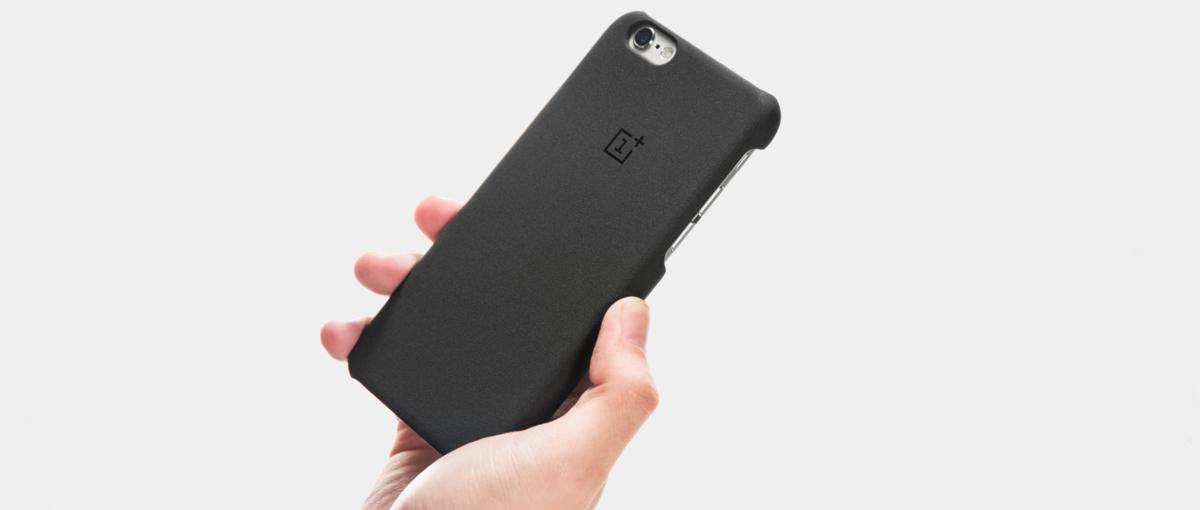 Akcesoria dla smartfonów konkurencji – ten producent nie widzi w tym żadnego problemu