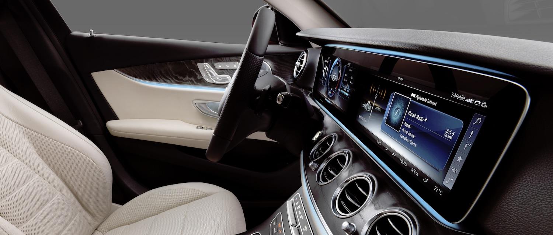 Nowy Mercedes klasy E już prawie nie potrzebuje kierowcy, a obsłużysz go… jak smartfon