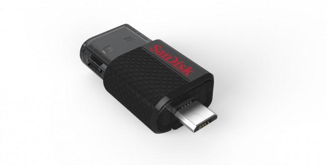 Dual_USB_Drive_angleUp_open_Hi-res