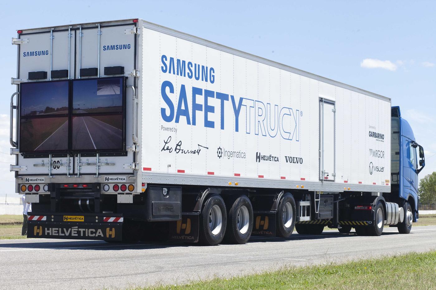 """To nie była nierealna wizja – ta """"przezroczysta"""" ciężarówka Samsunga istnieje naprawdę"""
