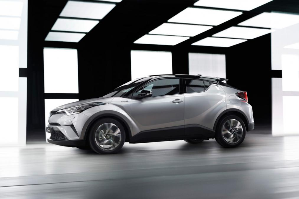 toyota chr opinie with Toyota C Hr Premiera on Harga Mobil Honda Hrv Dan Spesifikasi likewise Toyota C Hr Hybryda Opinie together with Toyota C Hr A2269 furthermore Toyota C Hr Test Hybrydowego Crossovera in addition 6583.