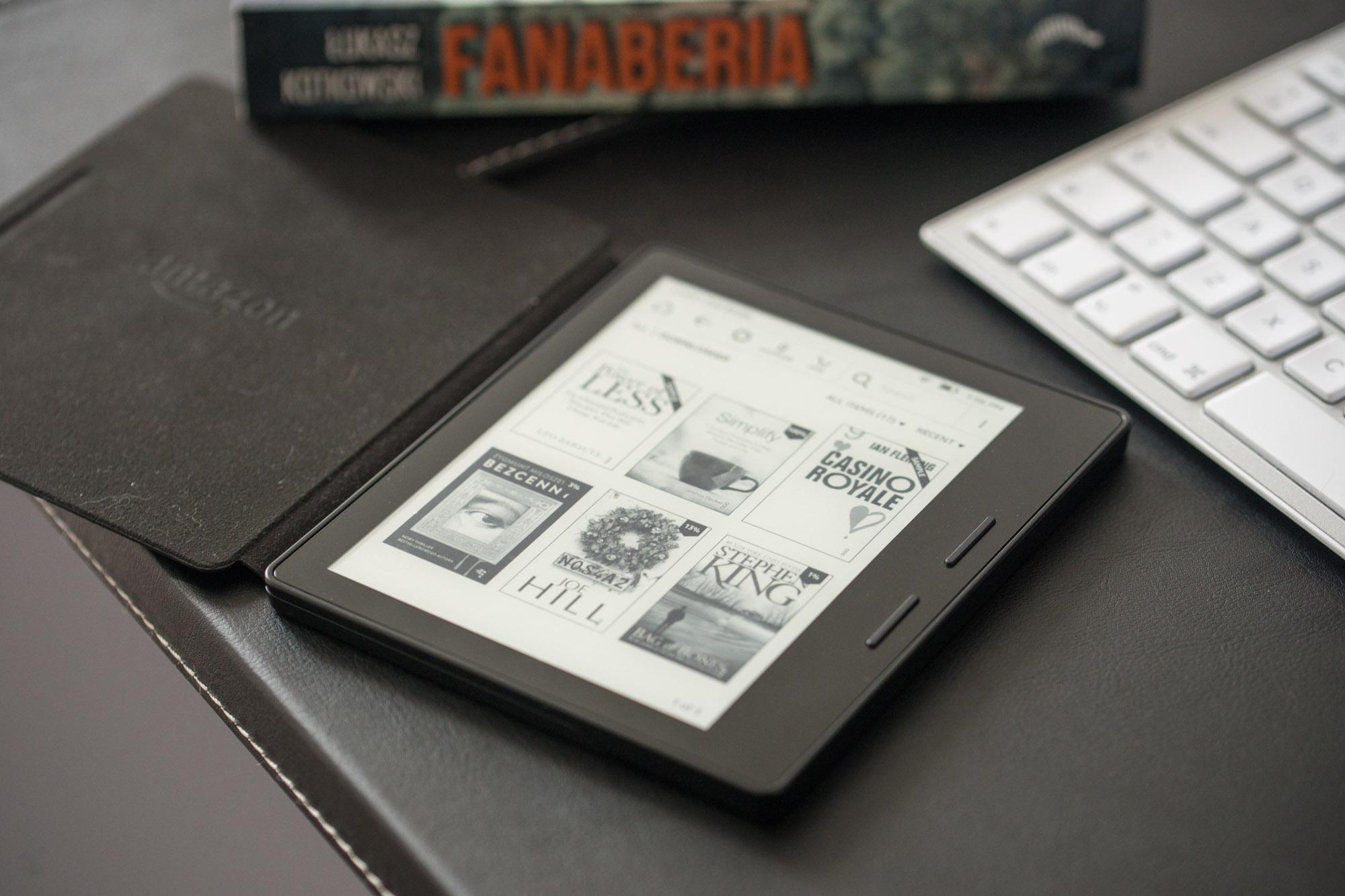 Złe wieści dla posiadaczy starych czytników Kindle. Amazon wyciąga wtyczkę