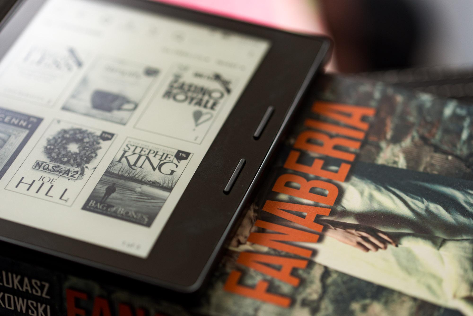 Strzał w dziesiątkę! Kindle Oasis przekonał mnie, żeby nie porzucać czytnika ebooków