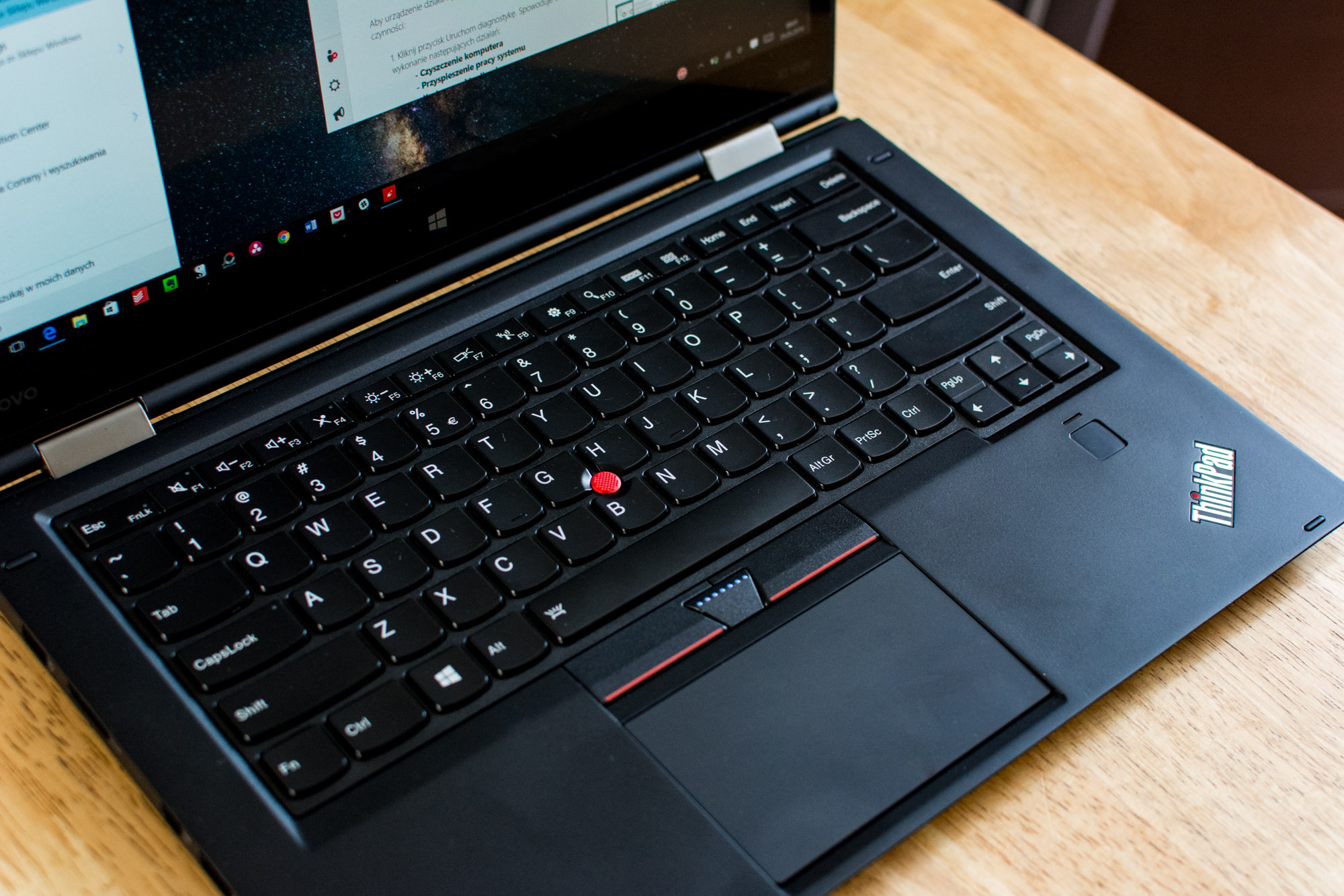 Lenovo-Thinkpad-X1-Yoga-13